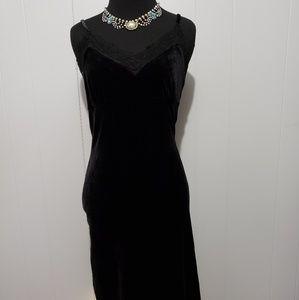 Stunning free people velvet midi dress lace trim
